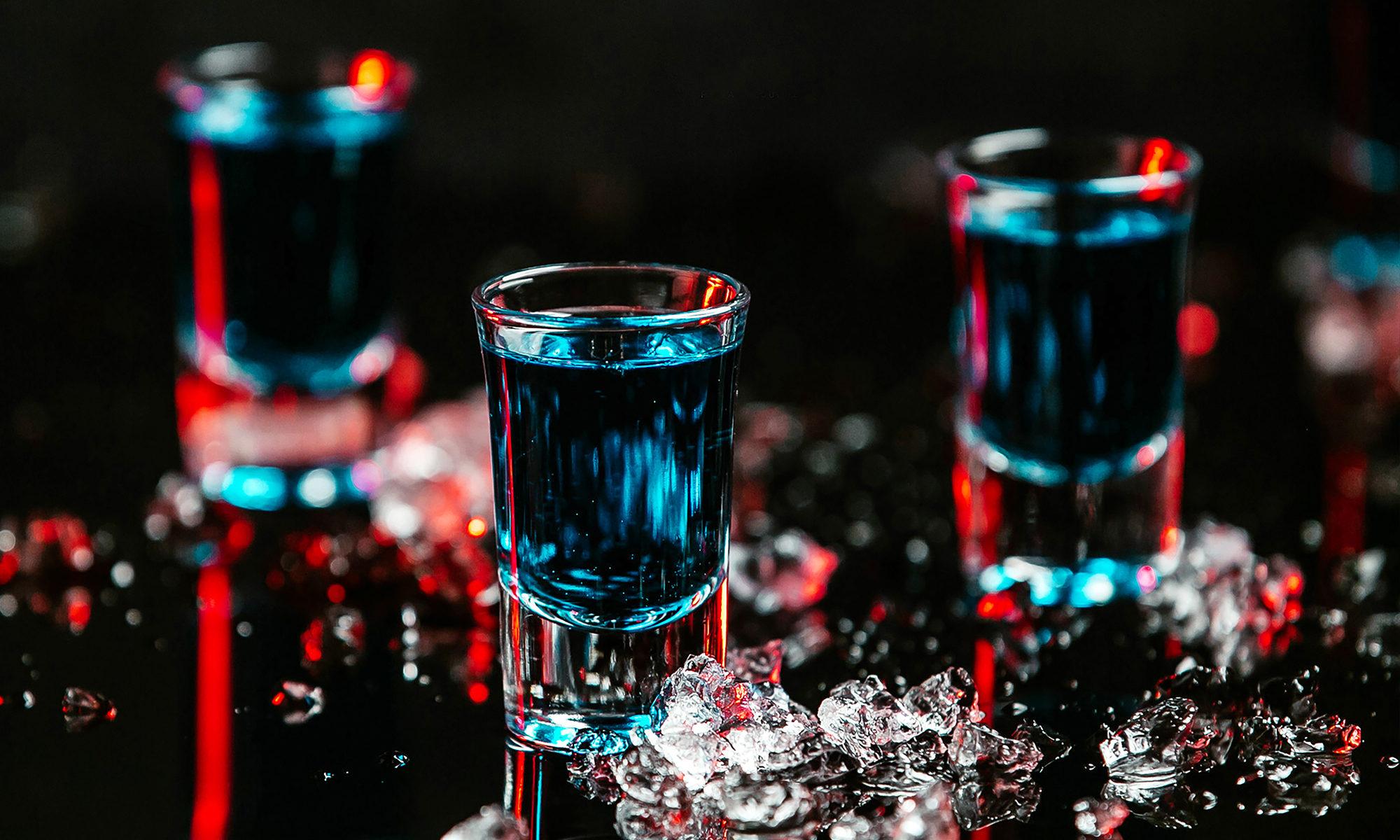 Głębokie Gardło Shot Bar